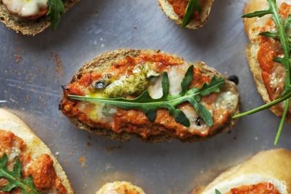 Bruschetta z pomidorami – Przepis Codogara