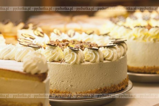 Tort śmietanowo-cytrynowy
