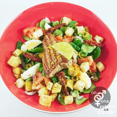 orzeźwiająca sałatka z grillowanym stekiem z tuńczyka – zobacz ich smak