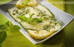 Cukinia z patelni grillowej z ziołami prowansalskimi