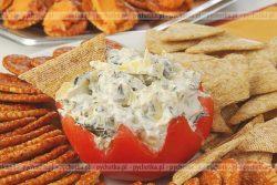 Pomidory faszerowane sałatką jarzynową