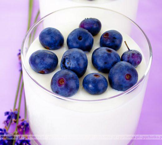 Pudding waniliowy z borówkami