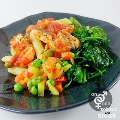 warzywno ziołowe rigatoni z piersią z kurczaka – zobacz ich smak