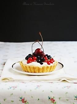 Tartaletki z kremem mascarpone i owocami