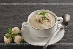 Zupa grzybowa pieczarkowa Babuni