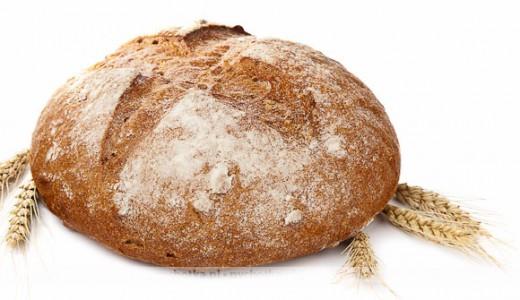 Chleb z dodatkiem ziemniaków, śmietany i masła