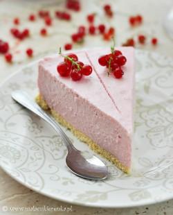 ciasto jogurtowe z porzeczkami bez pieczenia