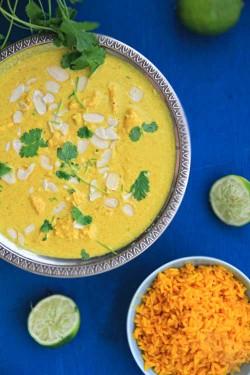 Curry z kurczaka z migdałami