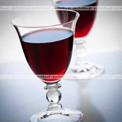 Czerwone wino gronowe