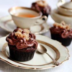 German chocolate turle cupcakes