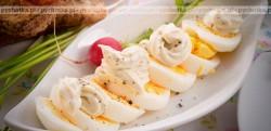 Jajka w sosie majonezowo chrzanowym