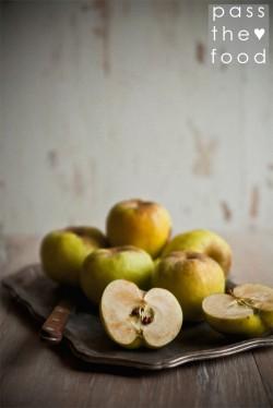 nieśmiertelnik żółty październik i szarlotka, królowa ciast