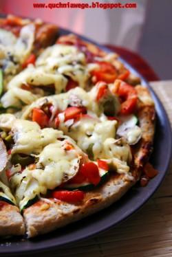 Pizza pełnoziarnista (spód)