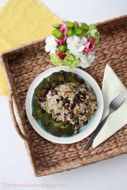 ryz z bazylia
