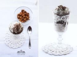 Smietankowy deser z gorzka czekolada i migdalami