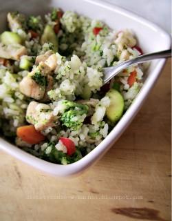 Wiosenny ryż z warzywami i z kurczakiem