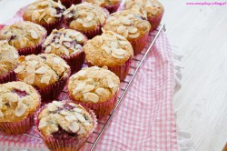 Cytrynowe muffinki z malinami