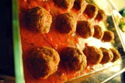 Pulpety wołowe w sosie pomidorowym