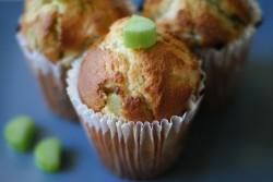 Muffiny migdałowo – rabarbarowe