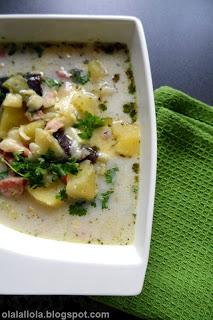 zupa ziemniaczana z boczkiem wędzonym i kiełbasą