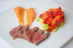 Wołowina z puree z batatów i świeżą sałatką