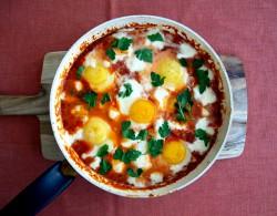 Smażone jajka w południowym stylu