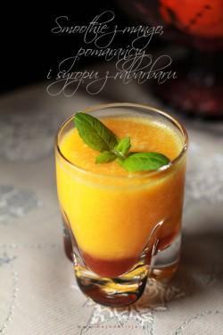 Smoothie z mango, pomarańczy i syropu z rabarbaru | Moja Delicja
