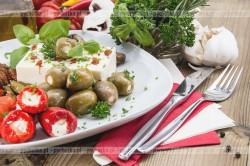 Mini pomidorki nadziewane serem feta Iwony