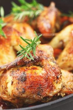 Pieczone, mocno pikantne skrzydełka z kurczaka