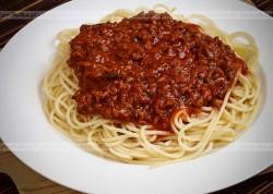 Spaghetti z mielonym mięsem drobiowym