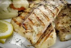 Grillowana ryba masłowa z glazurą ze słodkiego chilli