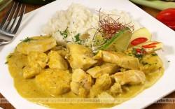 Kurczak w sosie śmietanowym- curry