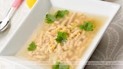 Zupa selerowa z lanymi kluskami