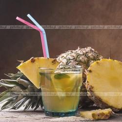 Orzeźwiający napój z ananasa