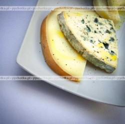 Pasta z sera pleśniowego i ananasa