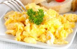 Jajecznica z serem Philadelphia