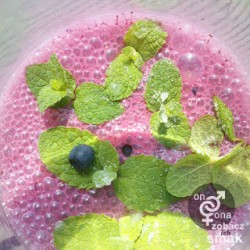 koktajl jagodowy ze świeżą miętą – zobacz ich smak