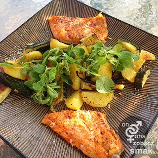 pstrąg łososiowy z cukinią i ziemniakami – zobacz ich smak