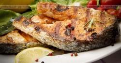 Grilowana ryba z warzywami