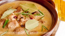Zupa pikantna z kurczakiem