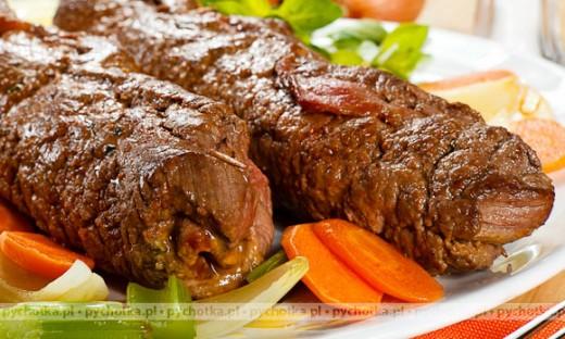 Rolada wieprzowa faszerowana warzywami